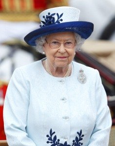 LONDON, UNITED KINGDOM - JUNE 014: (EMBARGOED FOR PUBLICATION IN UK NEWSPAPERS UNTIL 48 HOURS AFTER CREATE DATE AND TIME) Queen Elizabeth II takes the salute outside Buckingham Palace during Trooping the Colour, Queen Elizabeth II's Birthday Parade on June 14, 2014 in London, England. (Photo by Max Mumby/Indigo/Getty Images)